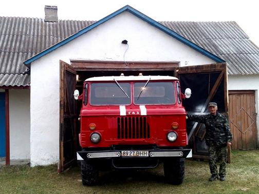 Пожежний автомобіль у Любешеві
