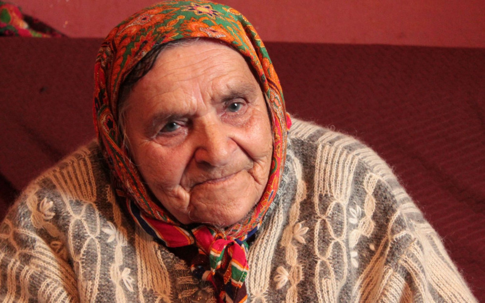 Неподалік Луцька зустрічалися з Парасковією Каленіківною Стоянович, яка народилась 12 травня 1930 р. Під час німецької окупації прийшли люди і шукали ромів: «Прийшли такі люди, вбивці, вбивці, прийшли і сказали кого вони шукають»