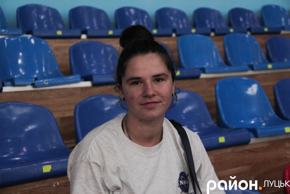 Яна Ярмольська