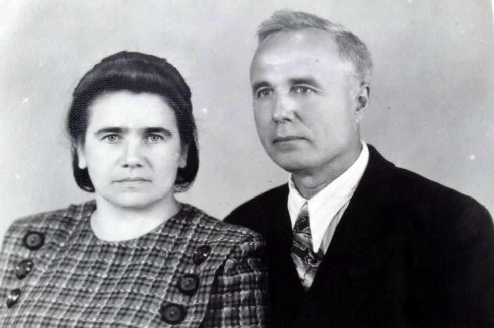 Лідія Кушнірук із своїм чоловіком Іваном Жуменко, 1955 р.
